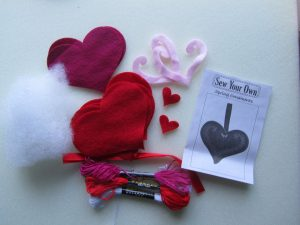 Felt Hearts Dovecraft Kit