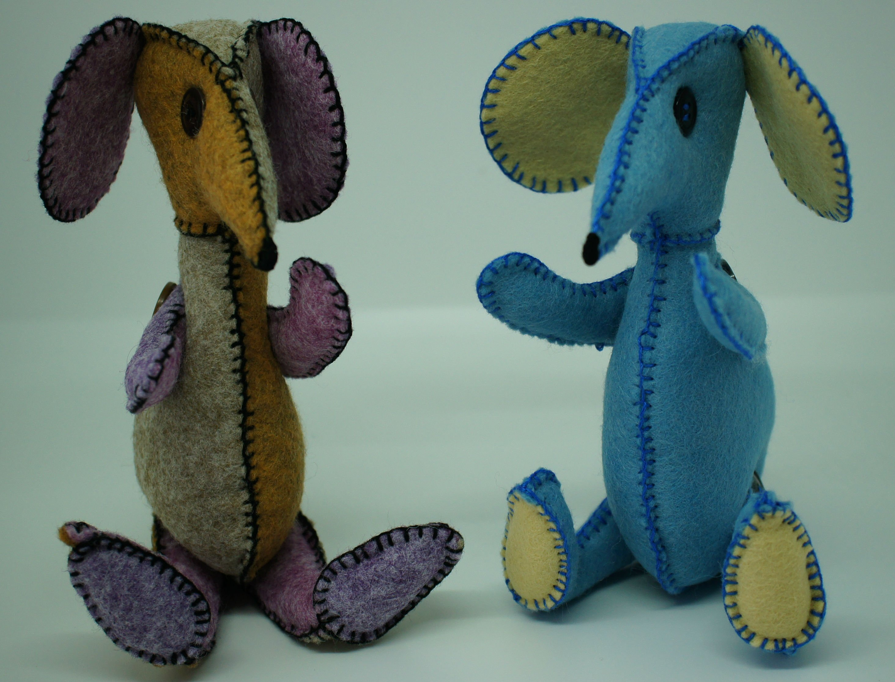 My completed felt mice from the House of Zandra button buddy mouse pattern.