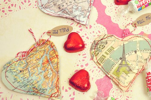 Map heart gift bags