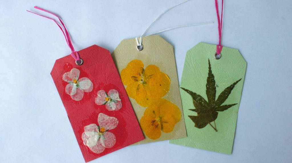Pressed Flower Art Gift tags