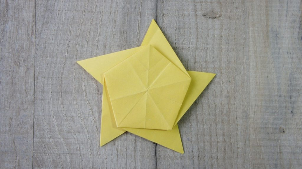 Front of star to fold
