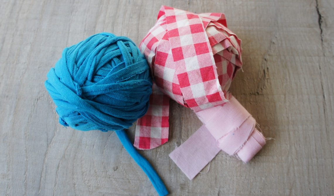 Continuous fabric yarn