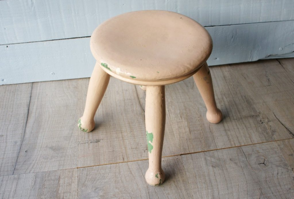 stool before painting