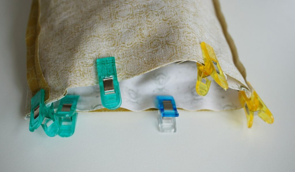 Bag Pinned to Lining